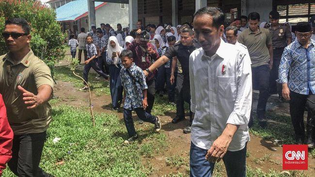 Jokowi Sebut Petani Udang di Bekasi Bisa Cuan Rp120 Juta