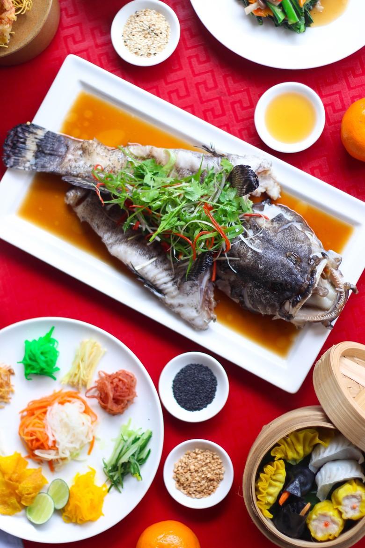 Santap Makan Malam Sambut Imlek Di Pullman Jakarta Central Park
