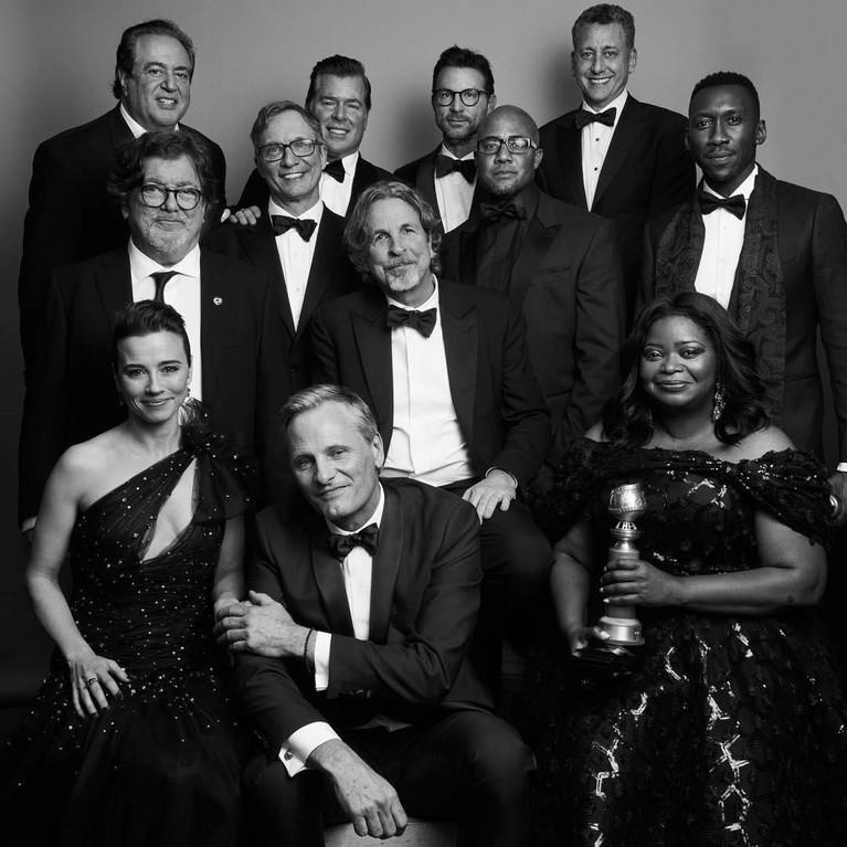 Raih lima nominasi pada ajang Golden Globe Awards 2019. Dari situ Green Book berhasil membawa pulang tiga piala termasuk dalam kategori Best Motion Picture.