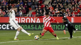 FOTO: Benzema Dua Gol, Real Madrid ke Semifinal Copa Del Rey