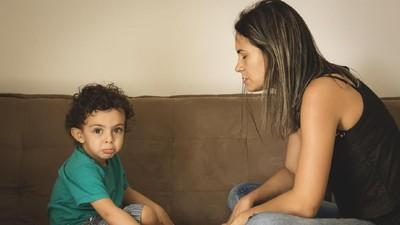 Ucapan Orang Tua yang Bisa Turunkan Harga Diri Anak