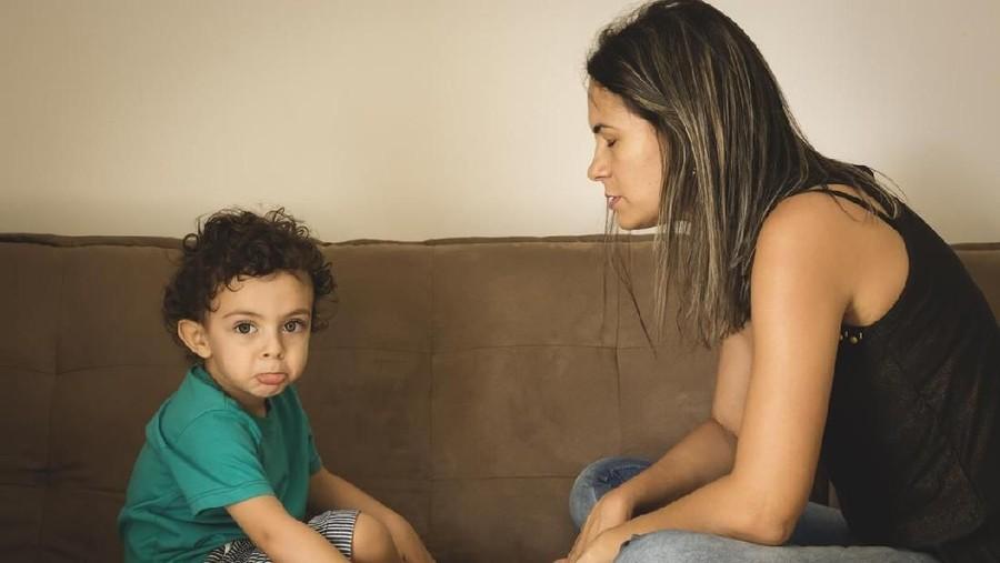Dampak Stres yang Dialami Ibu Saat Mengasuh Anak