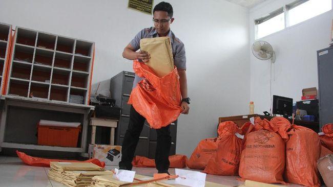 Serikat Pekerja PT Pos Indonesia ngotot menggelar demo 6 Februari 2019 nanti, meskipun manajemen menjanjikan membayar gaji karyawan yang telat esok hari.