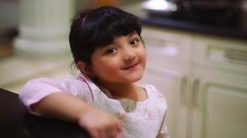 Rambut Panjang Arsy, Putri Anang Hermansyah Makin Menggemaskan