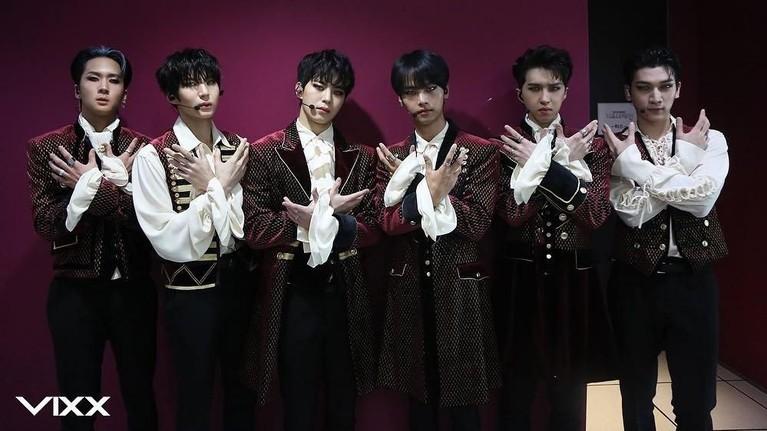 1 Februari. VIXX merilis lagu istimewa mereka berjudul Walking.