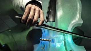 Lantunan Cello, Iringan Musik Penenang di Sisa Nyawa