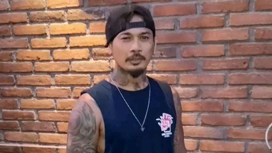 Unggah Foto Pakai Baju Pengantin, Jerinx SID Sudah Menikah?