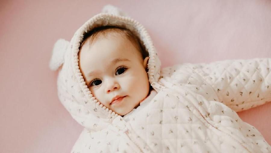 25 Nama Bayi Bermakna Spesial dan Istimewa