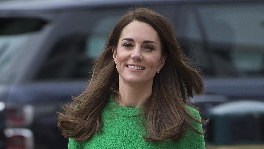Mengulik Rumor Kehamilan Kate Middleton Lewat Bahasa Tubuh