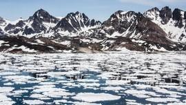 Peneliti Denmark: 8 Miliar Ton Es Greenland Mencair Tiap Hari