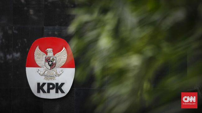 Sebanyak 13 pejabat KemenPUPR mengembalikan Rp3 miliar terkait suap proyek pembangunan Sistem Penyediaan Air Minum kepada KPK.