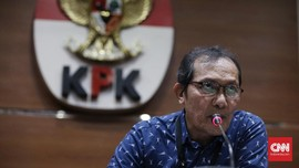 Saut Harap Jokowi Terbitkan Perppu KPK di Hari Antikorupsi
