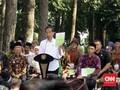 Saat Warga Ciamis Minta Bibit Durian pada Jokowi