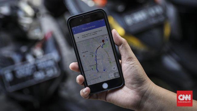 Pakar menyarankan pemerintah memanfaatkan sistem navigasi berbasis satelit atau GPS hingga nomor telepon untuk melacak orang terduga corona.