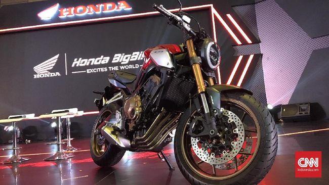 Unit pertama Honda CB650R yang meluncur pada Februari lalu baru saja menemui konsumen di Jakarta.