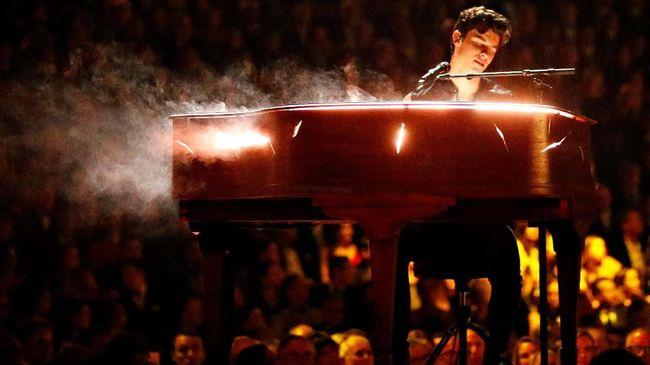 Jelang konser di Jakarta pada 8 Oktober mendatang, promotor mengungkap sejumlah permintaan Shawn Mendes. Salah satunya, tak boleh ada tas ransel.