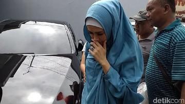 Mulan Jameela ke Surabaya Demi Bawakan Pesanan Ahmad Dhani