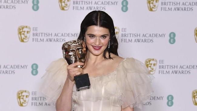Seperti Grammy Awards 2019, Bafta Awards 2019 juga menjadi panggung fesyen untuk selebriti berbusana terbaik.