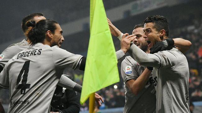 Juventus bangkit di kompetisi Serie A Liga Italia usai mengalahkan Sassuolo 3-0 di Stadion MAPEI, Minggu (10/2) waktu setempat.
