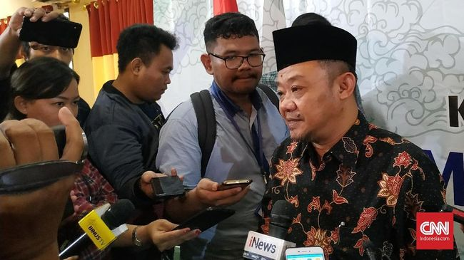 Pori diminta tak berhenti pada penangkapan Djoko Tjandra dan mesti menelusuri keterlibatan pihak lain dalam kasus kaburnya buronan kasus Bank Bali itu.