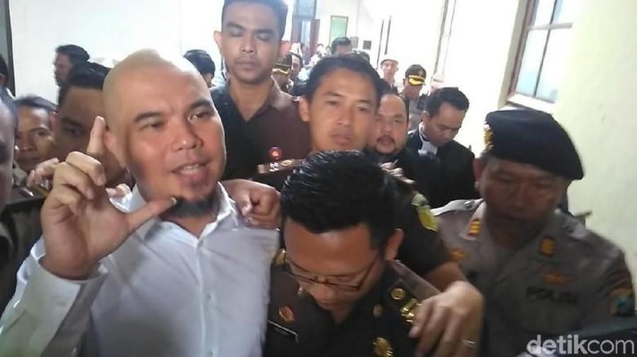 Divonis 1 Tahun Penjara, Ahmad Dhani Spontan Ajukan Banding