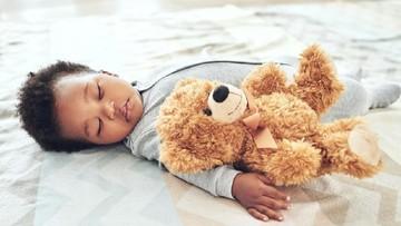 20 Inspirasi Nama Bayi Indah dengan Makna Pelindung