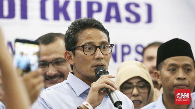Sandiaga mengaku telah mengevaluasi debat pertama dan kedua. Hasilnya, kata dia, masyarakat tak memahami pertanyaan dari panelis kepada para kandidat.