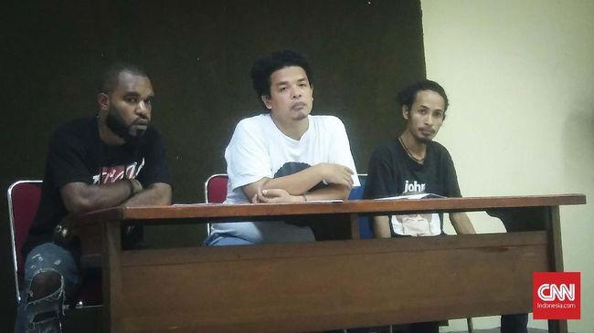 Aktivis Papua mengaku tidak akan ikut Pemilu 2019 karena dua capres tak punya rekam jejak baik dalam penanganan kasus pelanggaran HAM di Papua.