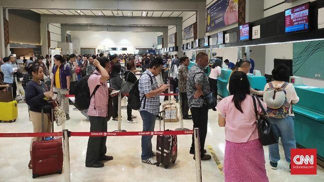 Pemerintah memberi imbauan kepada para maskapai nasional berbiaya murah (LCC) untuk memasang harga tiket pesawat di rentang 50 persen dari tarif batas atas.