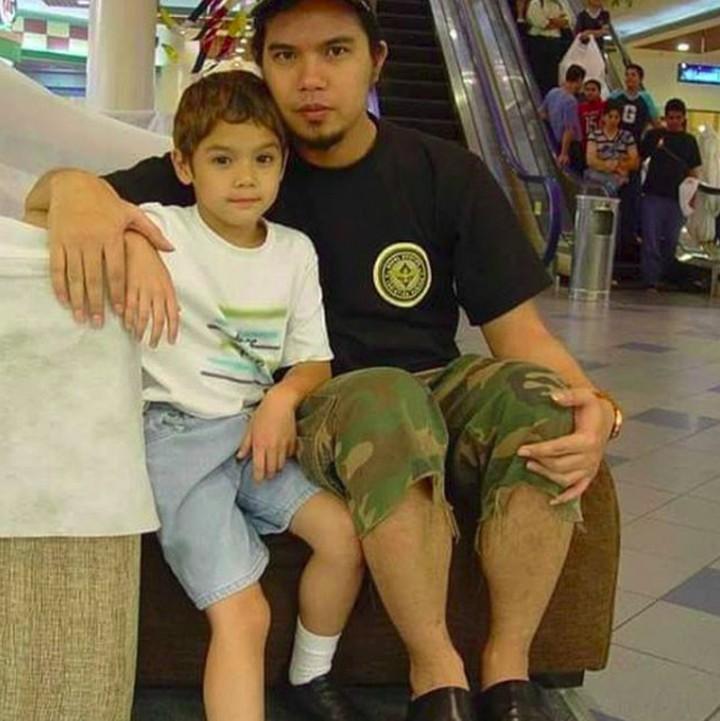 <p>Tak hanya ke ibu, lelaki kelahiran 1 September 1997 juga super dekat dengan sang ayah, Ahmad Dhani. (Foto: Instagram/alghazali7)</p>