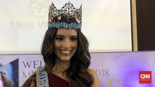 Sebelum kompetisi digelar, 34 finalis Miss Indonesia 2019 mendapatkan wejangan dari Miss World 2018, Vanessa Ponce de Leon.