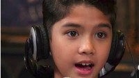 <p>Wah, Al mulai mengikuti jejak ayah dan ibunya menjadi musisi. (Foto: Instagram/alghazali7)</p>