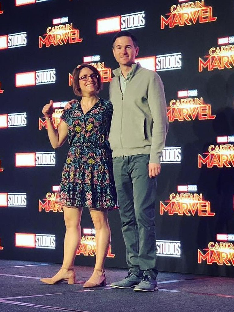 Tak hanya para pemain, dua sutradara Captain Marvel, Anna Boden dan Ryan Fleck, juga ikut jumpa pers perdana ini.