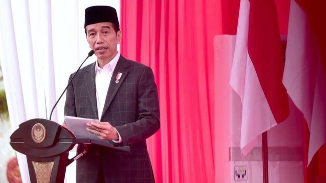 Jokowi mengaku heran dirinya dilaporkan ke Bawaslu atas dugaan menyerang personal Prabowo soal kepemilikan lahan saat debat capres semalam.