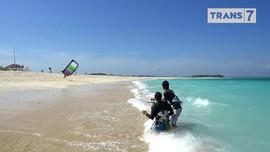 VIDEO: Menjajal Kite Surfing di Lombok