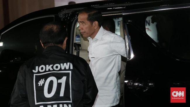Calon presiden Joko Widodo karena alasan keamanan tak jadi menyapa pendukungnya di Parkir Timur Senayan setelah terjadi peristiwa ledakan di sana.