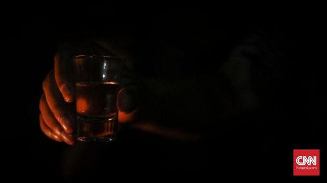 Direks ICJR menyatakan RUU larangan minuman alkohol berpendekatan prohibitionist atau larangan buta, yang justru bisa menimbulkan overkriminalisasi.