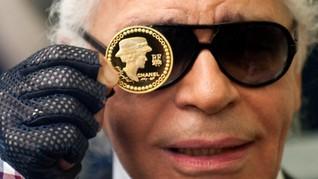 Pengaruh Karl Lagerfeld Bagi Seleb Hollywood 'Kelas Kakap'
