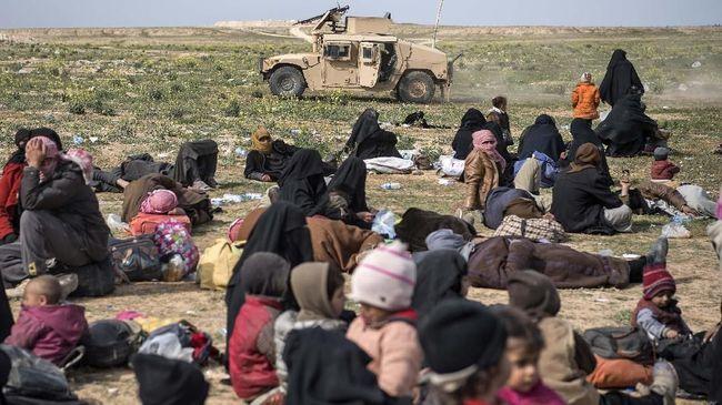 Pasukan koalisi AS dan Kurdi mengevakuasi ribuan warga sipil dan asing, termasuk warga Indonesia, dari benteng pertahanan terakhir ISIS di Suriah.