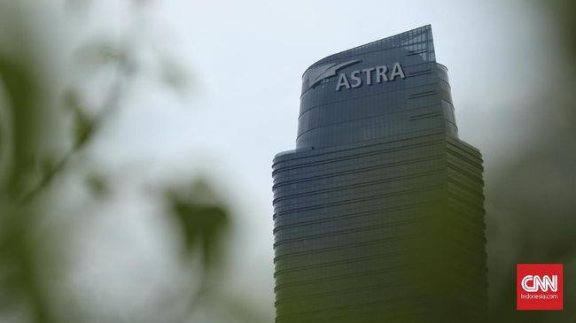 Astra International mencatatkan laba bersih Rp14,03 triliun atau turun 12 persen dari periode sama tahun sebelumnya sebesar Rp15,86 triliun.
