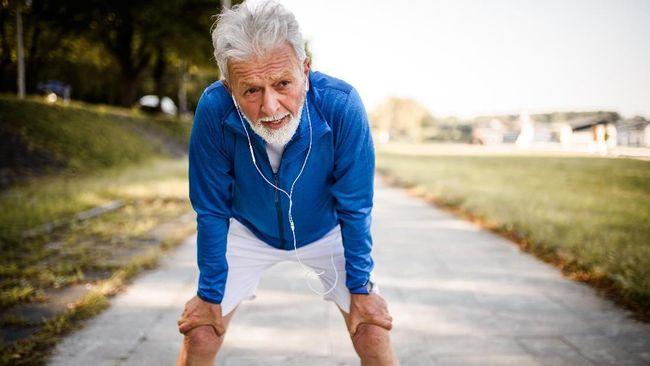 Lansia bisa mencoba 8 olahraga ini agar tubuh menjadi lebih bugar dan sehat meski telah menapaki masa keemasan.