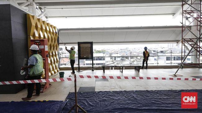 Meski sudah memulai uji coba untuk masyarakat umum, belum sepenuhnya fasilitas MRT Jakarta rampung saat ini.