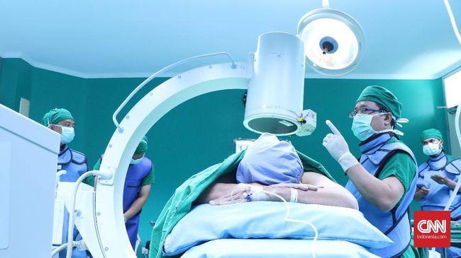 Teknologi endoskopi menjadi alternatif baru bagi pasien saraf terjepit setelah tak mempan diberikan terapi fisik.