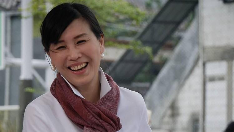 Veronica Tan, mantan istri Ahok banjir dukungan hingga dia didoakan jadi menteri di kabinet Jokowi.
