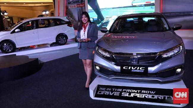 Honda Prospect Motor (HPM) meluncurkan dua model baru sekaligus, yaitu Civic dan Mobilio, di Jakarta, Kamis (21/2).