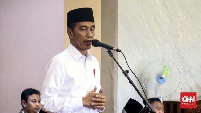 Kepada jemaah masjid, Presiden Jokowi meminta agar proses politik membuat putus hubungan silaturahmi, karena pemilu hanya lima tahun sekali.