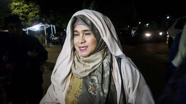 Koordinator Advokasi dan Hukum #2019GantiPresiden Djuju menuding ada upaya memelintir dan mempolitisasi substansi dan maksud puisi Neno Warisman.