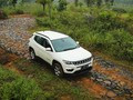 VIDEO: 'Nyicip' SUV Amerika Jebolan India