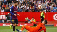Hasil Liga Spanyol: Messi Hat-trick, Barca Kalahkan Sevilla 4-2