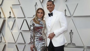 FOTO: Selebriti Berbusana Terburuk di Oscar 2019